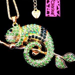 NWT Betsey Johnson Chameleon Necklace
